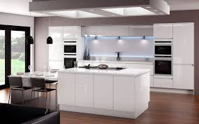 horizon gloss white kitchen fitted traditional kitchens from