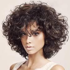 best 25 curly medium hairstyles ideas only on pinterest blonde