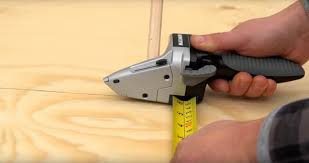 measure and cut all at once with this 3 in 1 contracting tool