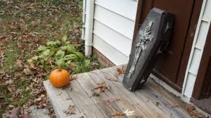 Halloween Decorations Coffin Halloween 2013 Sagittarius Dolly