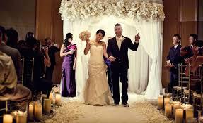 wedding ceremony canopy 10 creative ways to line the wedding ceremony aisle
