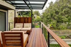 pergola balkon 30 ideen für exklusive lounge sitzgruppe für draußen und drinnen