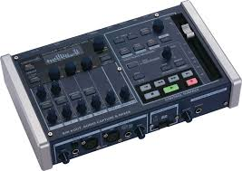 roland v studio 100 portable music production studio