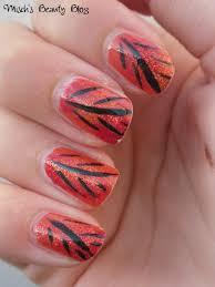 leave nail designs for the season pretty designs