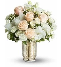 White Roses Centerpiece by 38 Best Centerpieces Images On Pinterest Centerpieces Mercury