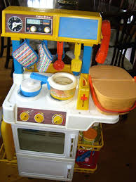 toys r us fisher price table fisher price kitchen servin surprises table accessories toys r us