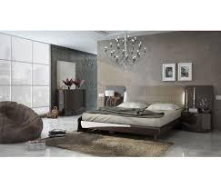 Barcelona Bedroom Furniture Modern Bedroom Set Barcelona In Lacquer Finish By Esf Furniture