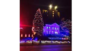 Milwaukee Lights Millercoors Holiday Lites Display Open To The Public Starting Friday