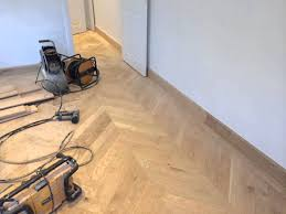 eco flooring uk fitting solid oak chevron parquet flooring