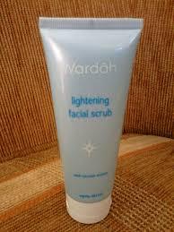 Pembersih Muka Wardah Lightening reezki s wardah lightening gentle wash wardah