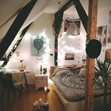 plantes dans une chambre lit cadres inspiration feux plantes image 3943579 par bobbym