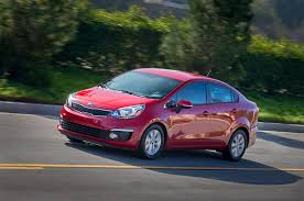 2017 kia rio reviews and rating motor trend