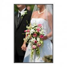 Breezewood Gardens Chagrin Falls - cascade wedding bouquet breezewood gardens