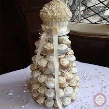 hochzeitstorte cupcakes hochzeitstorte einstöckig big cupcake cupcake4you