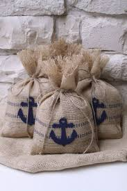 burlap gift bags best 25 burlap gift bags ideas on wedding