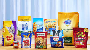 j m smucker gets tax credits to bring 400 big heart pet brands