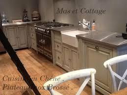 meuble cuisine inox brossé cuisine d autrefois en pin massif avec plateau inox brossé