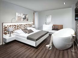 Schlafzimmer In Grau Und Braun Schlafzimmer Dachschräge Grau Braun Cabiralan Com