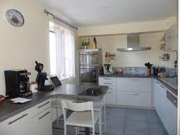 cuisine avec porte fenetre cuisine avec porte fenetre finest cuisine moderne avec porte fentre
