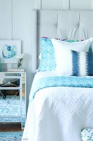 Decorating A Small Bedroom On A Budget by How To Decorate Your Master Bedroom On A Budget The Happy Housie