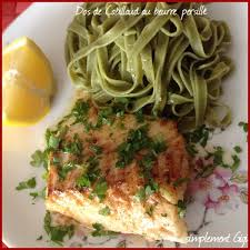 cuisiner dos de cabillaud recette dos de cabillaud au beurre persillé recette dos de
