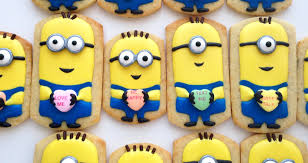how to decorate minion cookies for valentine u0027s day youtube
