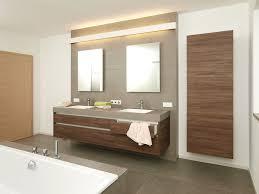 holz in badezimmer badezimmer anthrazit holz ziakia
