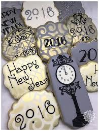 New Year Decorated Cookies by Best 20 New Year U0027s Cake Ideas On Pinterest U2014no Signup Required