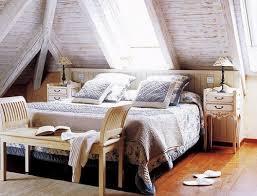 chambre grenier 30 idées de déco de chambre dans un grenier sous les combles