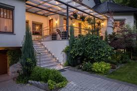 unterschied terrasse balkon der unterschied veranda und terrasse steda klärt auf