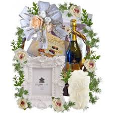 Wedding Gift Baskets If You Want A Truly Unique Wedding Gift Then This Is Your Choice