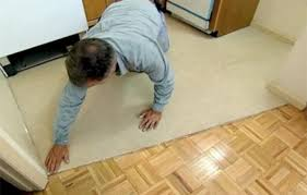 how to install vinyl flooring this house