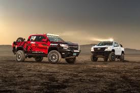 chevy colorado chevy colorado zr2 aev and zr2 race development trucks debut at