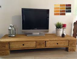 Esszimmertisch Aus Paletten Die Besten 25 Tv Regal Ideen Auf Pinterest Ikea Tv Tisch Tv