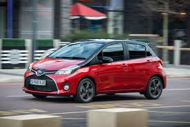 toyota yaris review and buying guide best deals and prices buyacar