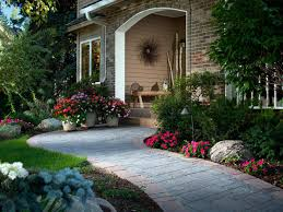 Landscaping Front Of House by Garden Landscaped Yards Florida Landscape Ideas Front Yard