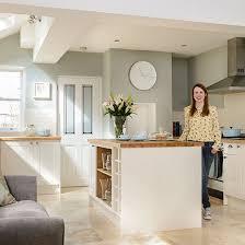 kitchen colour scheme ideas kitchen colours to go with pink floor tiles morespoons ea4bfca18d65