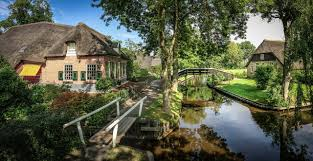 Giethoorn Homes For Sale by Exclusive Amsterdam Boutique Travel Company Specialist In Luxury