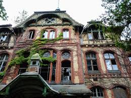 abondoned places 31 haunting abandoned places images fantastic88