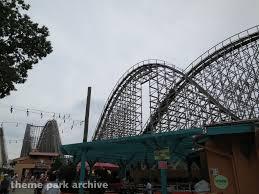 El Toro Roller Coaster Six Flags Theme Park Archive Green Lantern Six Flags Great Adventure 2012