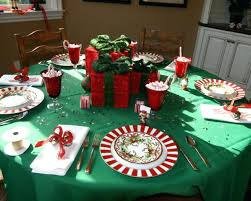 christmas decor for round tables round christmas centerpieces bright and cheery round centerpiece