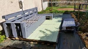 Diy Wood Pallet Outdoor Furniture by Diy Patio Pallet Deck With Furniture Pallet Furniture Projects