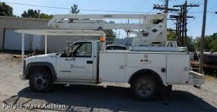 1995 chevrolet cheyenne 3500 bucket truck item dd0850 so