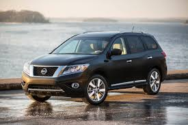 nissan pathfinder vs toyota highlander comparison nissan pathfinder 2016 vs chevrolet captiva 2015
