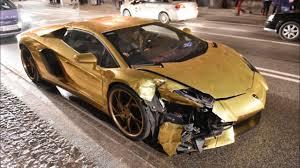 lamborghini crash crash lamborghini aventador lp700 4 roadster in warsaw złote
