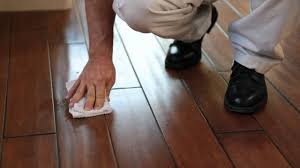 Removing Scratches From Laminate Flooring Urban Floor Remove Scuff Marks Youtube