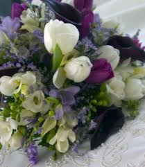 wedding flowers for october wedding flowers in season find wedding flower availabilities and