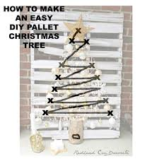 christmas tree pallet pallet christmas tree can decorate