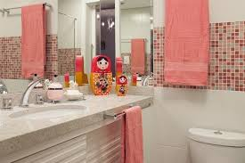 design de 101 belas e inspiradoras fotos de banheiros pastilhas