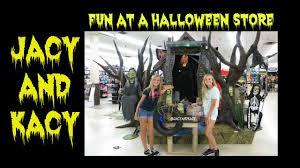 spirit halloween stores canada fun at a halloween store 2015 follow us around jacy and kacy